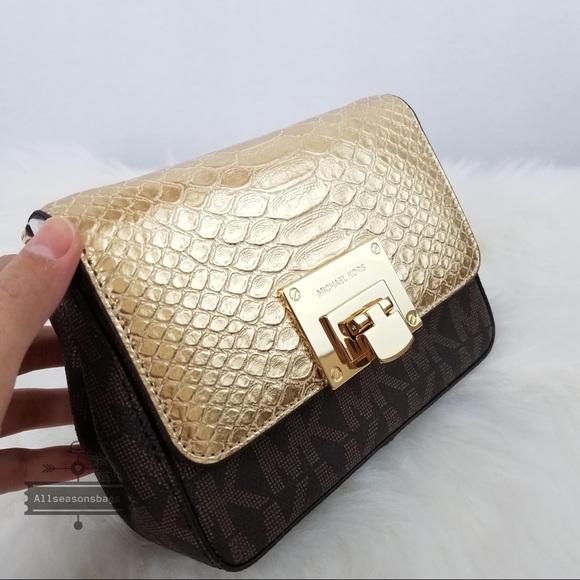 2621a9a483fb NWT Michael Kors Tina Small clutch crossbody gold